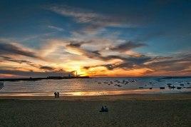 La magica luz de Otoño en la Caleta- Juan M. Beardo