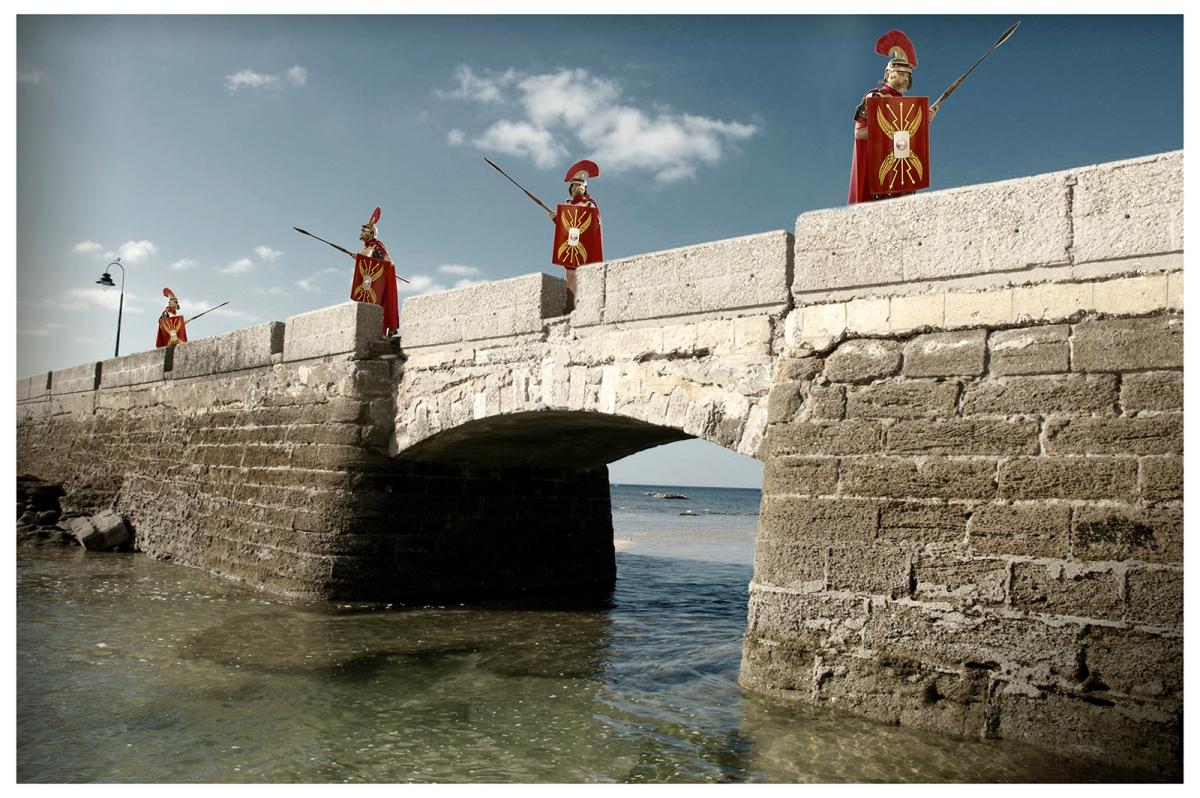 romanos beardo rocha sanchez perez tercero efe terceroefe semana santa coraza centurion puente canal caleta cadiz